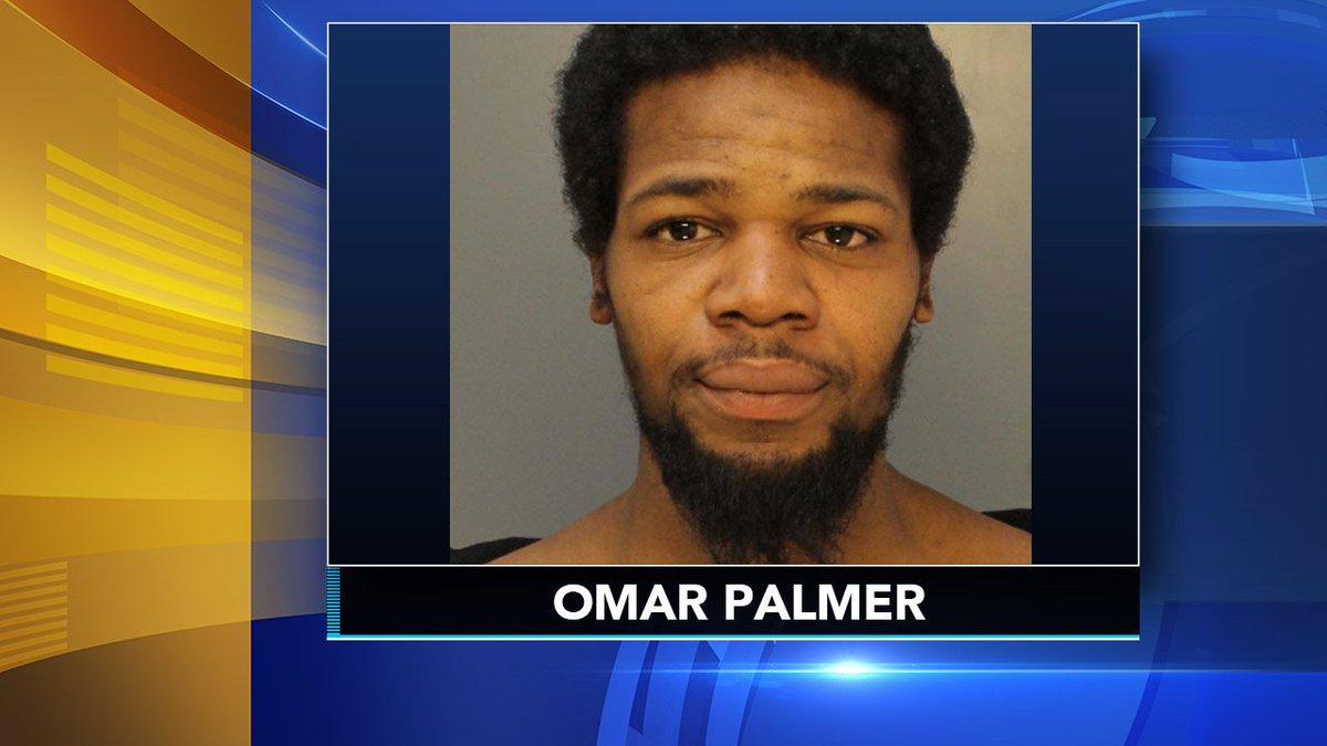Police: Center City man kicked pregnant woman in stomach https://t.co/CJYE625txV https://t.co/czqKGmxDc6