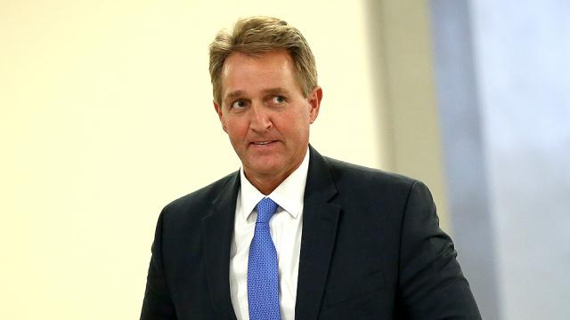 Flake to force vote on bill to protect Dreamers https://t.co/PmF3dmDunW https://t.co/Gc4euff2ps