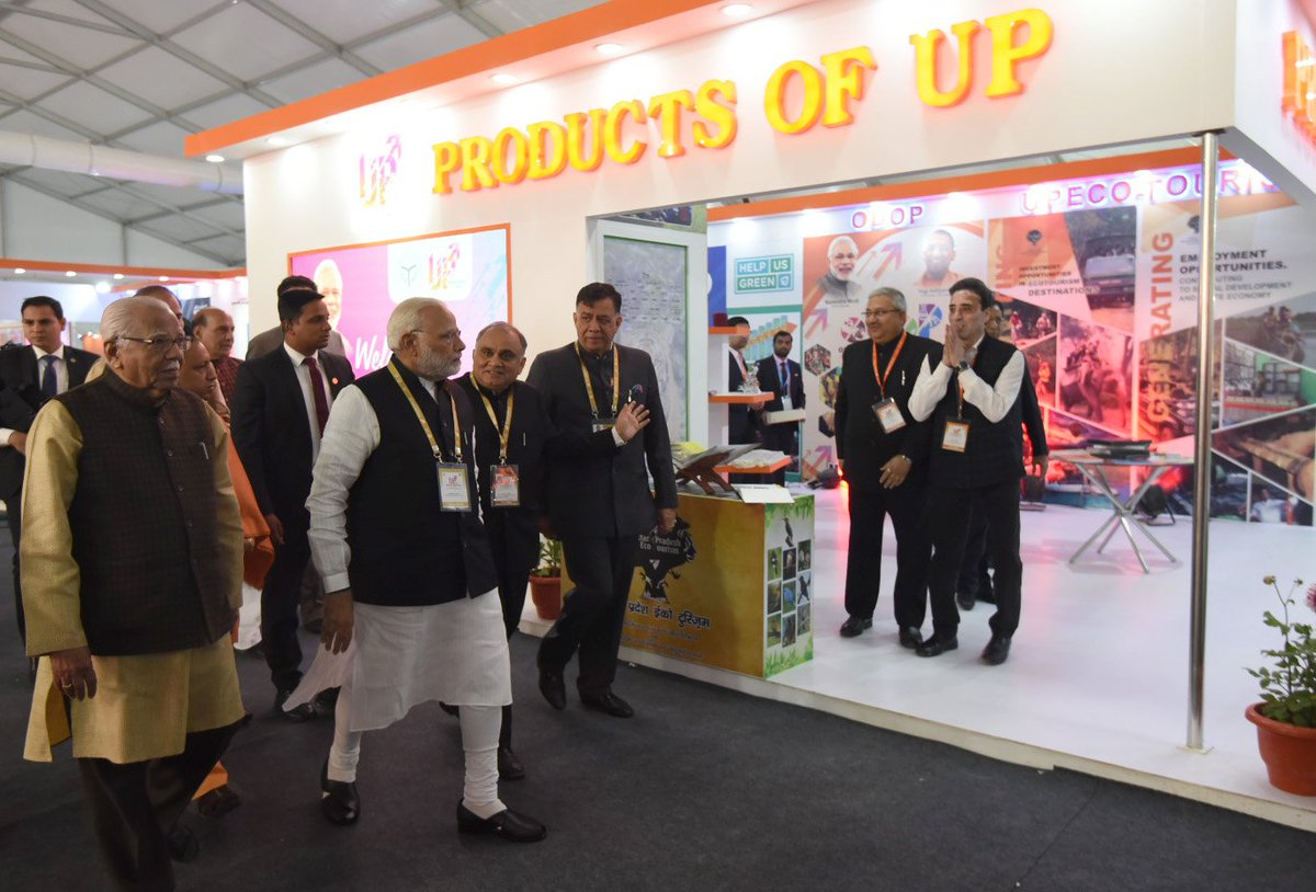 test Twitter Media - #UPInvestorsSummit2018 attracts investment of more than Rs 4.28 lakh crore on the first day https://t.co/DqasS0pEWH @InvestInUp @ArpitKGupta @narendramodi @myogiadityanath @UPGovt @CMOfficeUP @PMOIndia @MukeshAmbaniJio @reliancejio @kumarmanglammbd @EsselGroup_  @ArpitKGupta https://t.co/4fZOiWLAN0