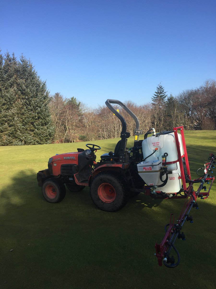 test Twitter Media - Great day for spraying the greens . Application of rocastem and ironmax , trying to get things moving underneath and a nice little green up too #aitkens https://t.co/utHay3Xoj1
