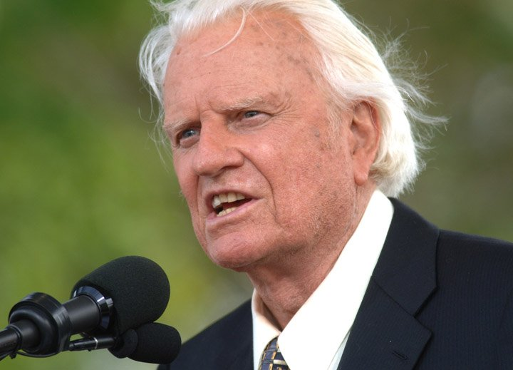 @BroadcastImagem: Billy Graham, famoso conselheiro de presidentes americanos, morre aos 99 anos. Henny Ray Abrams/AP