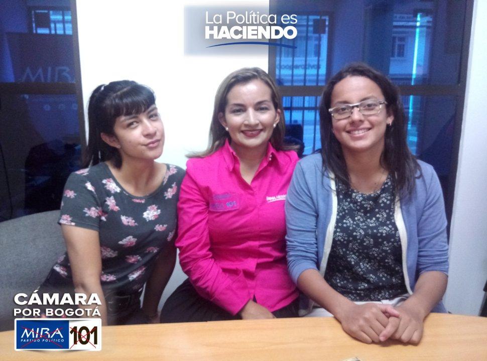 En este momento en entrevista con @lauramontana50 y María Paula de @La10RadioCOL hablando sobre nuestras propuestas con #GarantíasSociales #CamaraMIRA101 #SenadoMIRA2 https://t.co/1k4LlsUJQr