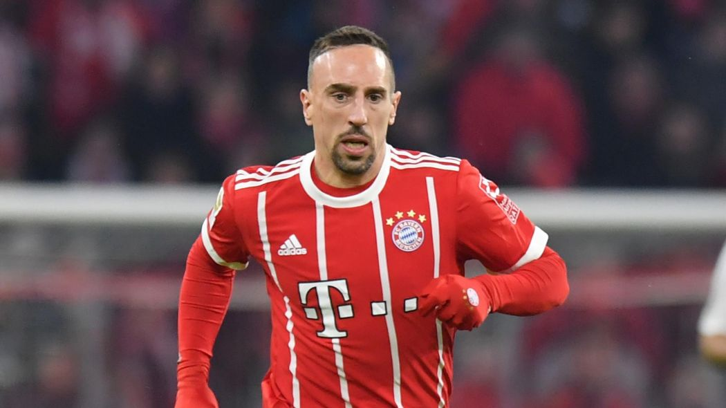 "Le Phocéen asked Franck Ribéry's entourage about the rumours of a possible return to Marseille in the summer: ""Franck and Bayern are in the middle of a big season with many competitions to play. We didn't talk about that and we don't know where it came from"" https://t.co/NQFnArXczu"