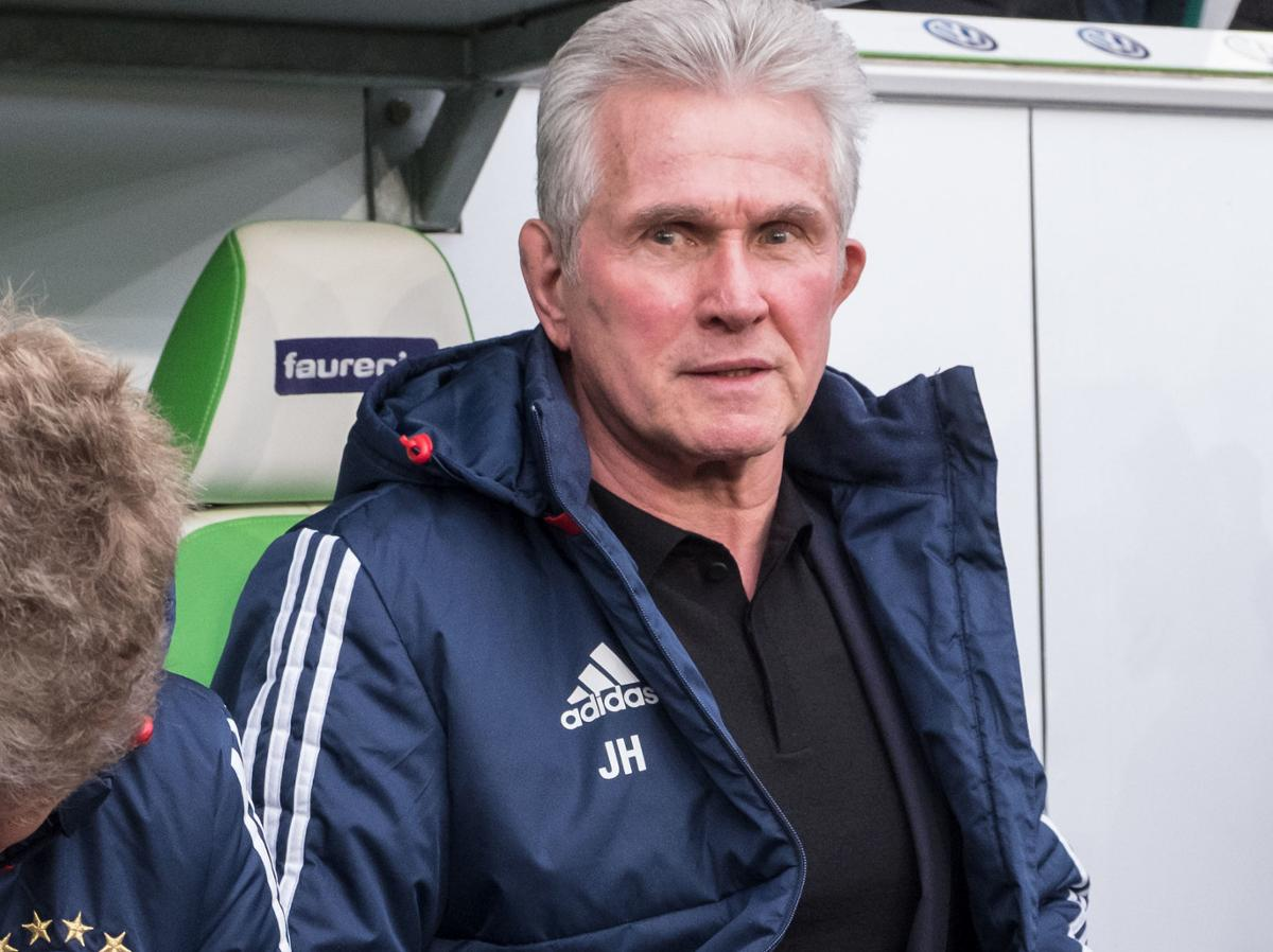 Jupp Heynckes equalled 2 records yesterday:  - Most consecutive wins for Bayern (14/ shared with Pál Csernai) - Most consecutive Champions League wins (10/ shared with Louis van Gaal & Carlo Ancelotti) https://t.co/mD9wEkYZLe