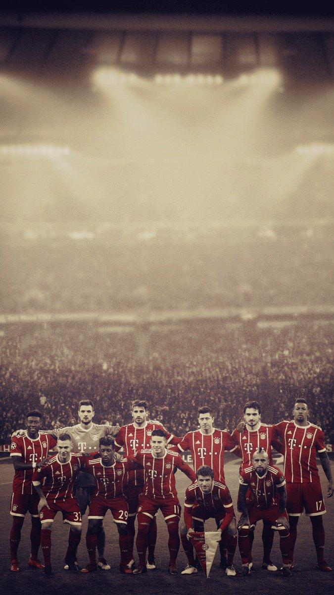 RT @tiluxzbayern: UCL R16 match @FCBayern  #FCBayern #MiaSanMia #UCL https://t.co/l66YUqwk9c