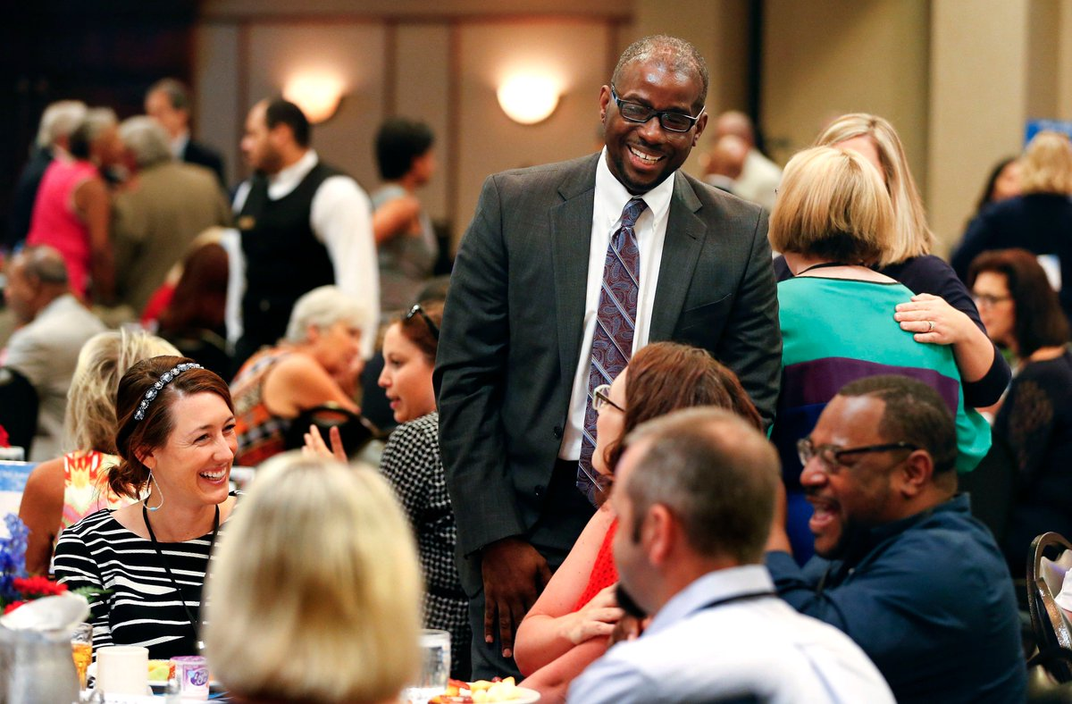 'He sees promise.' Lexington superintendent wins national recognition. | Lexington Herald Leader