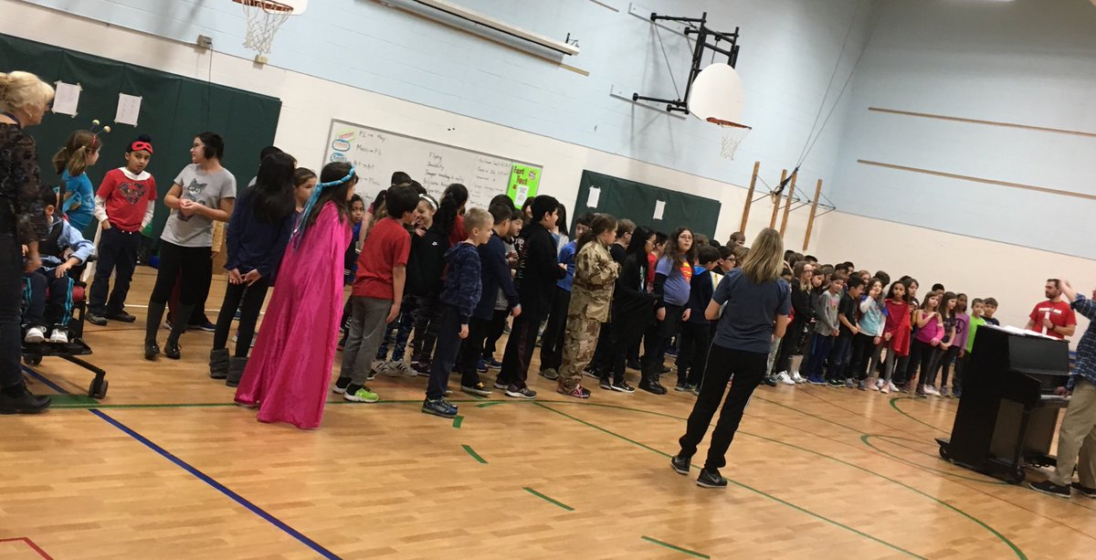 test Twitter Media - Rehearsal for the 3rd and 4th grade musical has begun. #d30learns https://t.co/tIowxK5Z3X