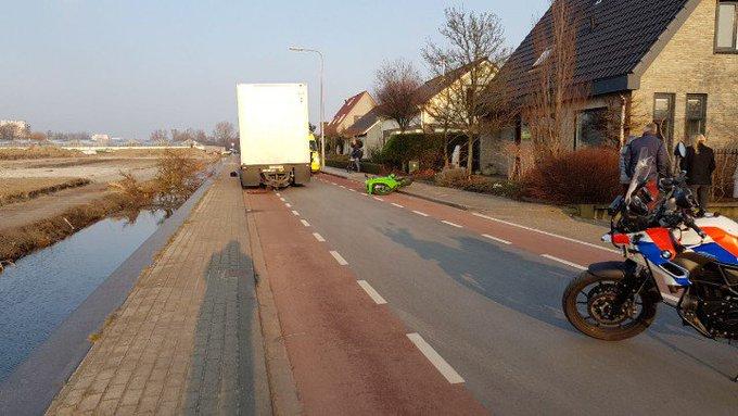 Kwintsheul De Groenepad is tijdelijk afgesloten voor al het verkeer vanwege ongeval motor. https://t.co/Z08V9FfnMu