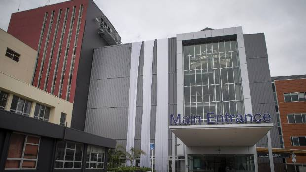 Water crisis in New Plymouth strikes base hospital