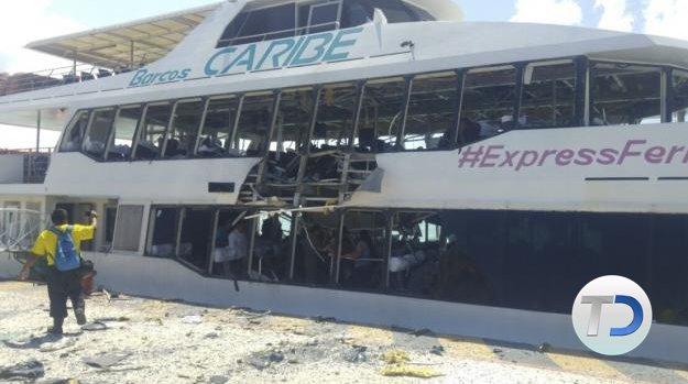 #ÚLTIMAHORA ⚠  Explosión de ferry en Playa del Carmen deja 13 heridos  ➡ https://t.co/menJBJasxG https://t.co/A9985TqjPj