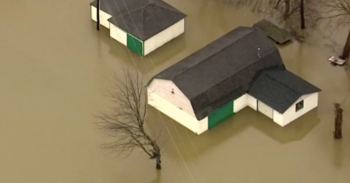Deadly flooding forces evacuations across U.S. South, Midwest