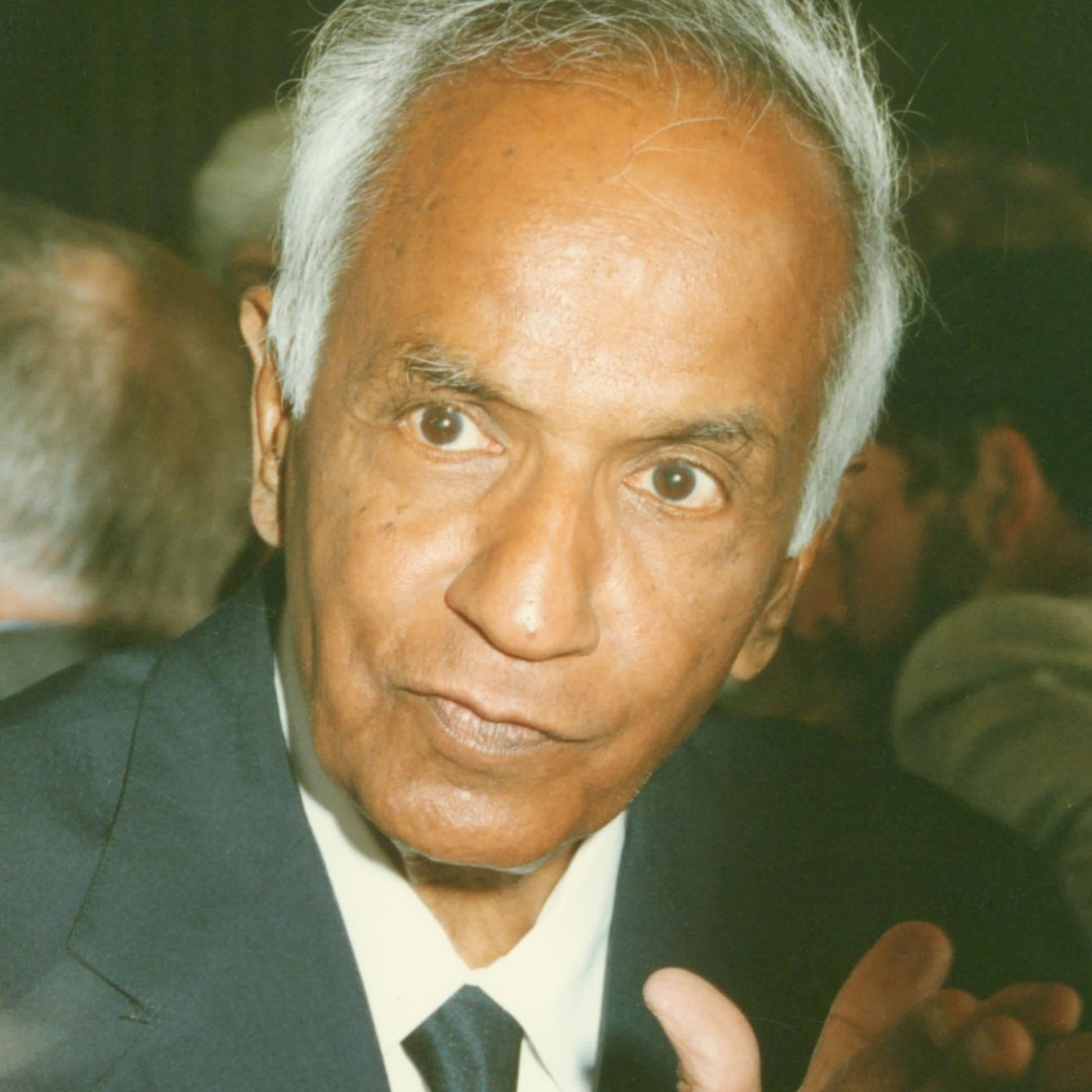 test Twitter Media - In 1988, #NobelLaureate and astrophysicist Subrahmanyan Chandrasekhar gave a fascinating lecture on Albert Einstein and the founding of general relativity, including the argument that Einstein was not very good at higher mathematics. https://t.co/CQY8hKFsvA #throwbackthursday https://t.co/jWr5UiRcd2