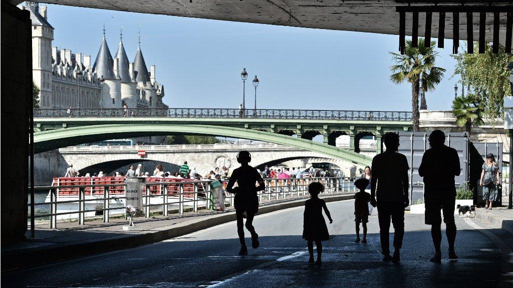 Paris mayor vows appeal after court quashes Seine-side pedestrian road