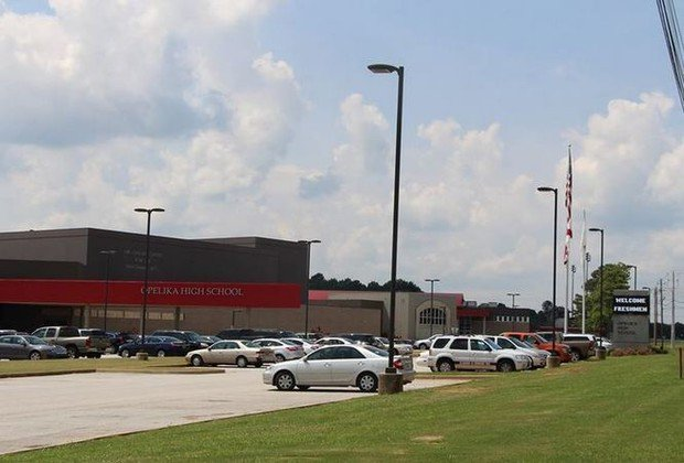 Opelika 16-year-old charged with making terrorist threat against high school