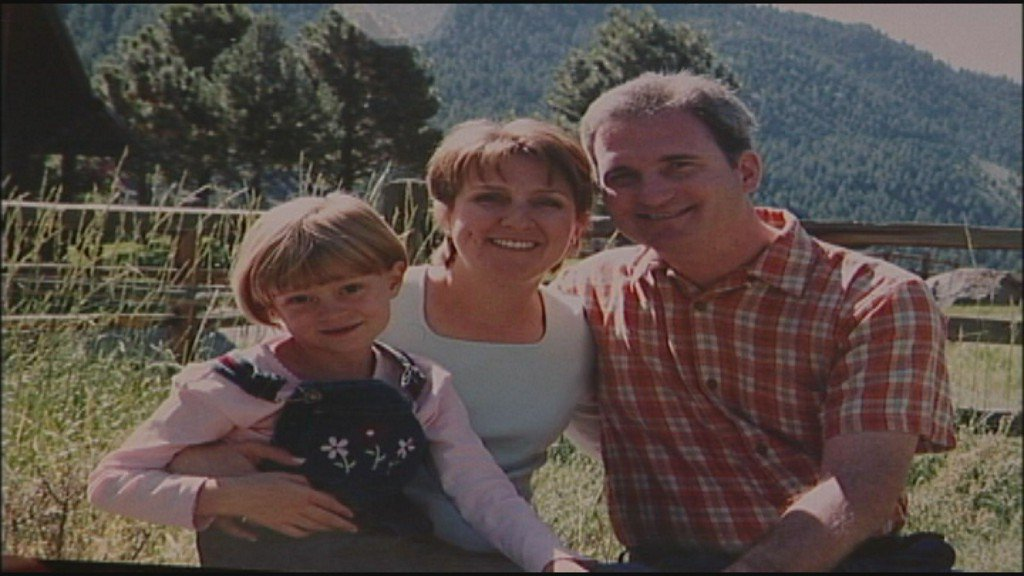 After juror caught lying, man convicted in wife's 2001 murder will stand trial again