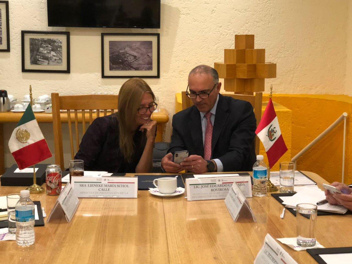 RT @ppcalzada: Mostramos a la Ministra @Lieneke_Schol la aplicación SAGARPA Produce y SAGARPA Mercados https://t.co/9QS0tMgRhv