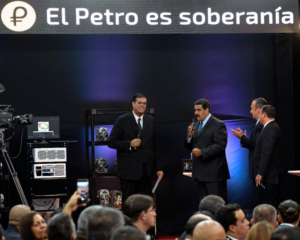 test Twitter Media - Broke Venezuelan government managed to rake in $735 million with a new cryptocurrency float https://t.co/EYcF6aJiJ8 https://t.co/3SJaGFuLEO