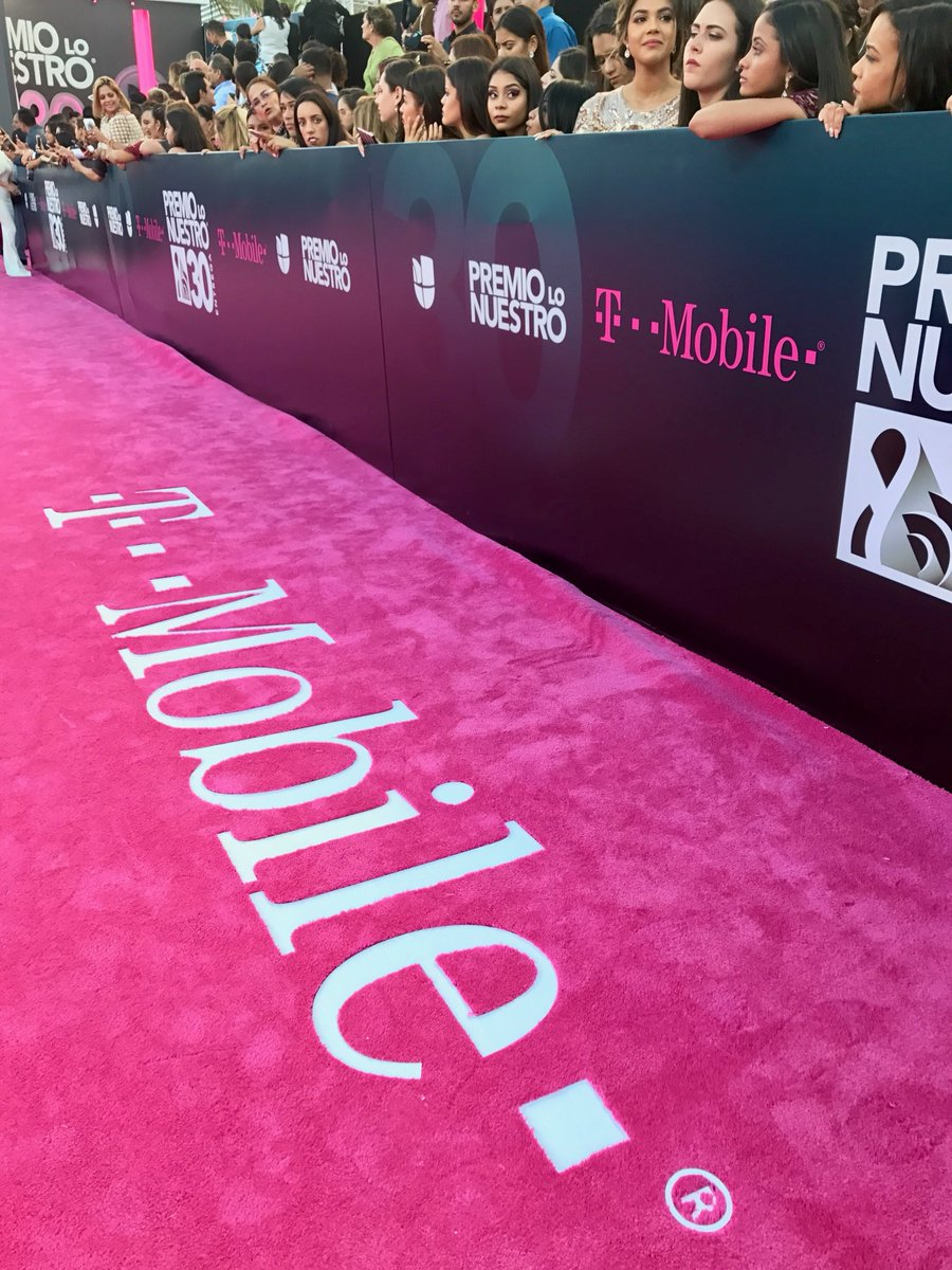 #PremioLoNuestro
