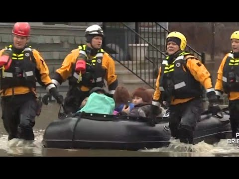 Heavy rain causes severe flooding in Midwest