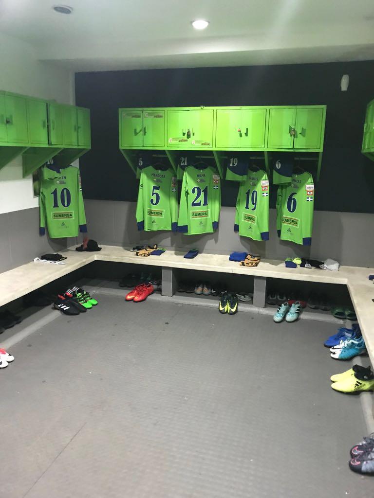 Listos para esta noche, ven a apoyar a Santa Tecla FC  #TodosSomosTecla https://t.co/cnUyg4NJl4