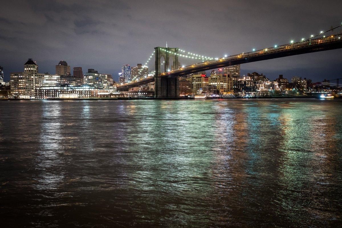 Brooklyn Bridge at night  📷   nycgov
