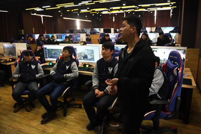 In China's eSport schools, students learn it pays to play