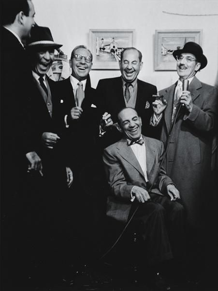 #FridayFeeling The five #MarxBrothers https://t.co/gBcZ0JcFbW