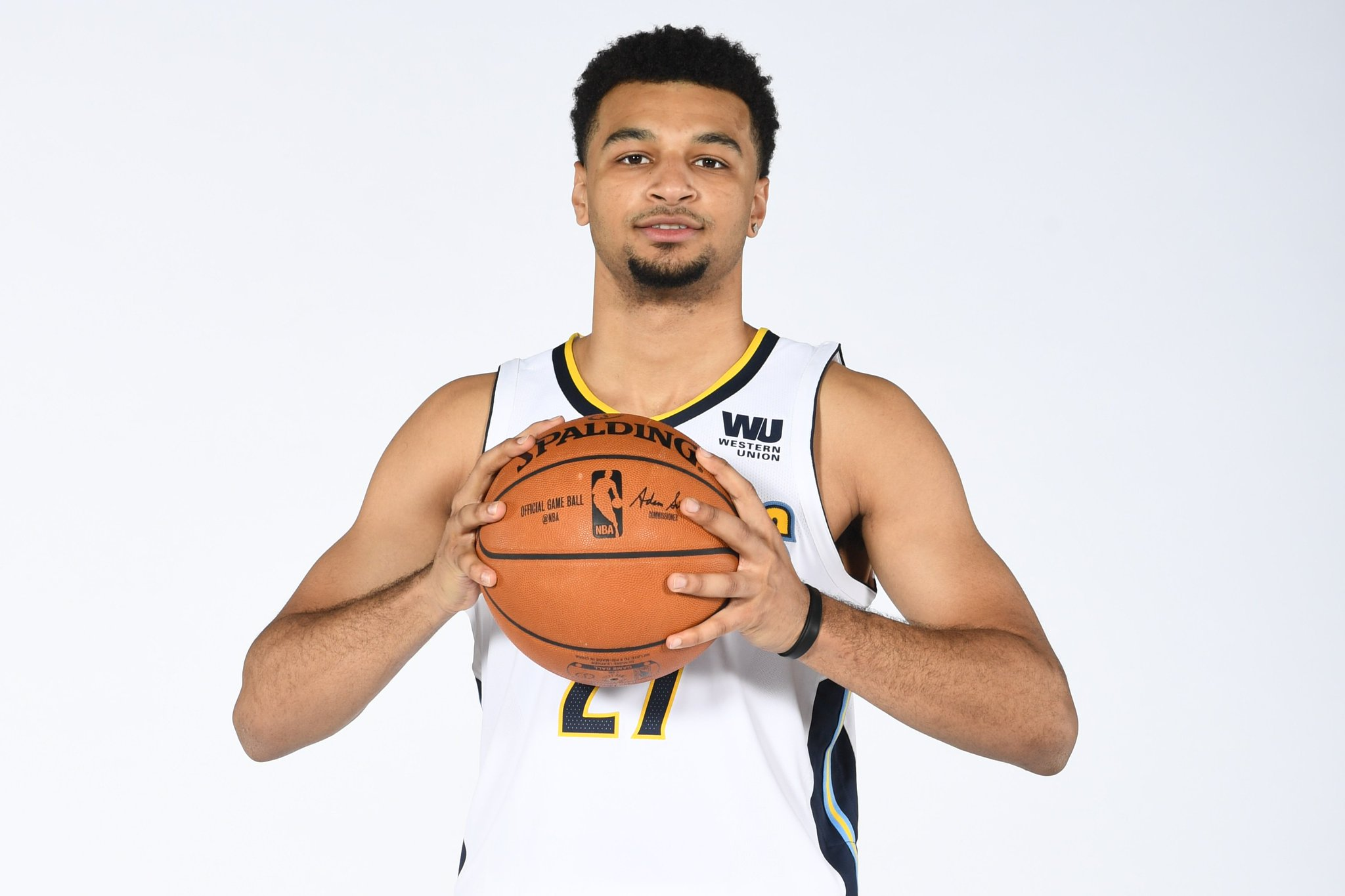 Join us in wishing @BeMore27 of the @nuggets a HAPPY 21st BIRTHDAY!   #NBABDAY #MIleHighBasketball https://t.co/I5QAb3a5uR