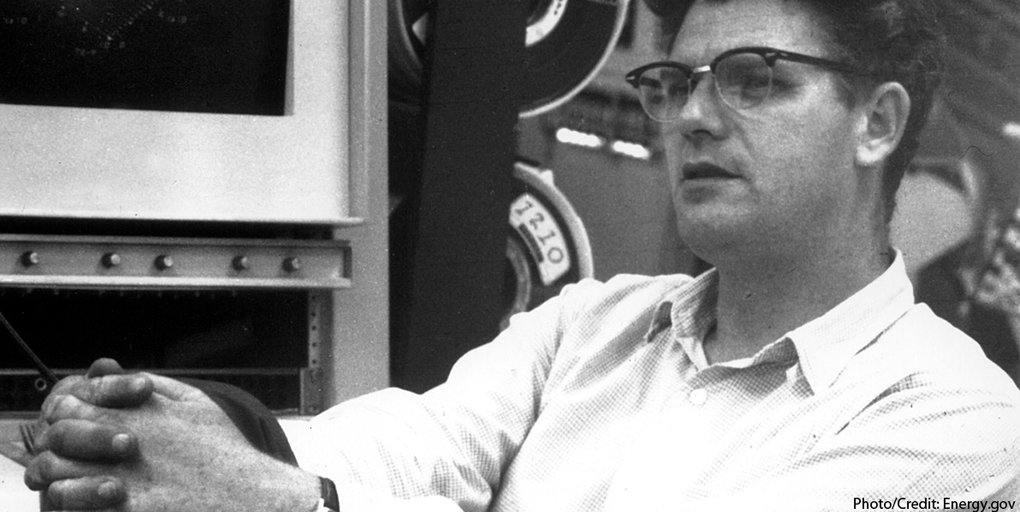 test Twitter Media - We mourn the loss of #NobelLaureate Richard E. Taylor. The physicist, whose work was of essential importance for the development of the quark model in particle physics, joined us at the 1994 Lindau Nobel Laureate Meeting. https://t.co/purnoAt1Y8 https://t.co/TwRdU8xXDg