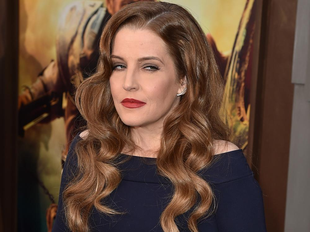 Lisa Marie Presley says business manager lost her $100M investing in 'American Idol'