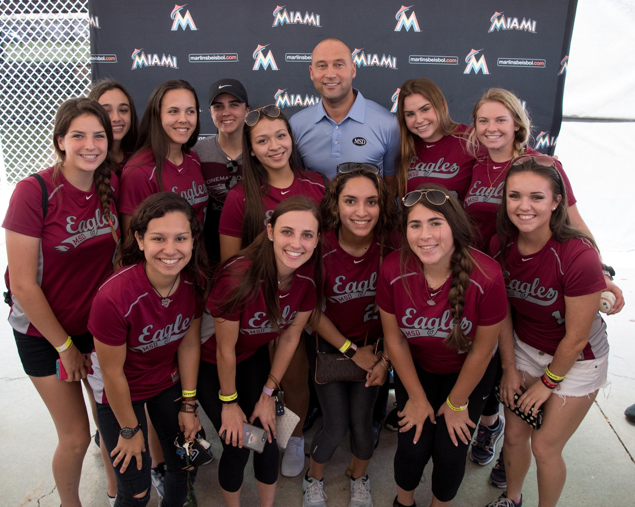 Marjory Stoneman Douglas HS baseball and softball teams meet Derek Jeter and the @Marlins. #ParklandStrong https://t.co/4UMbV8odN8