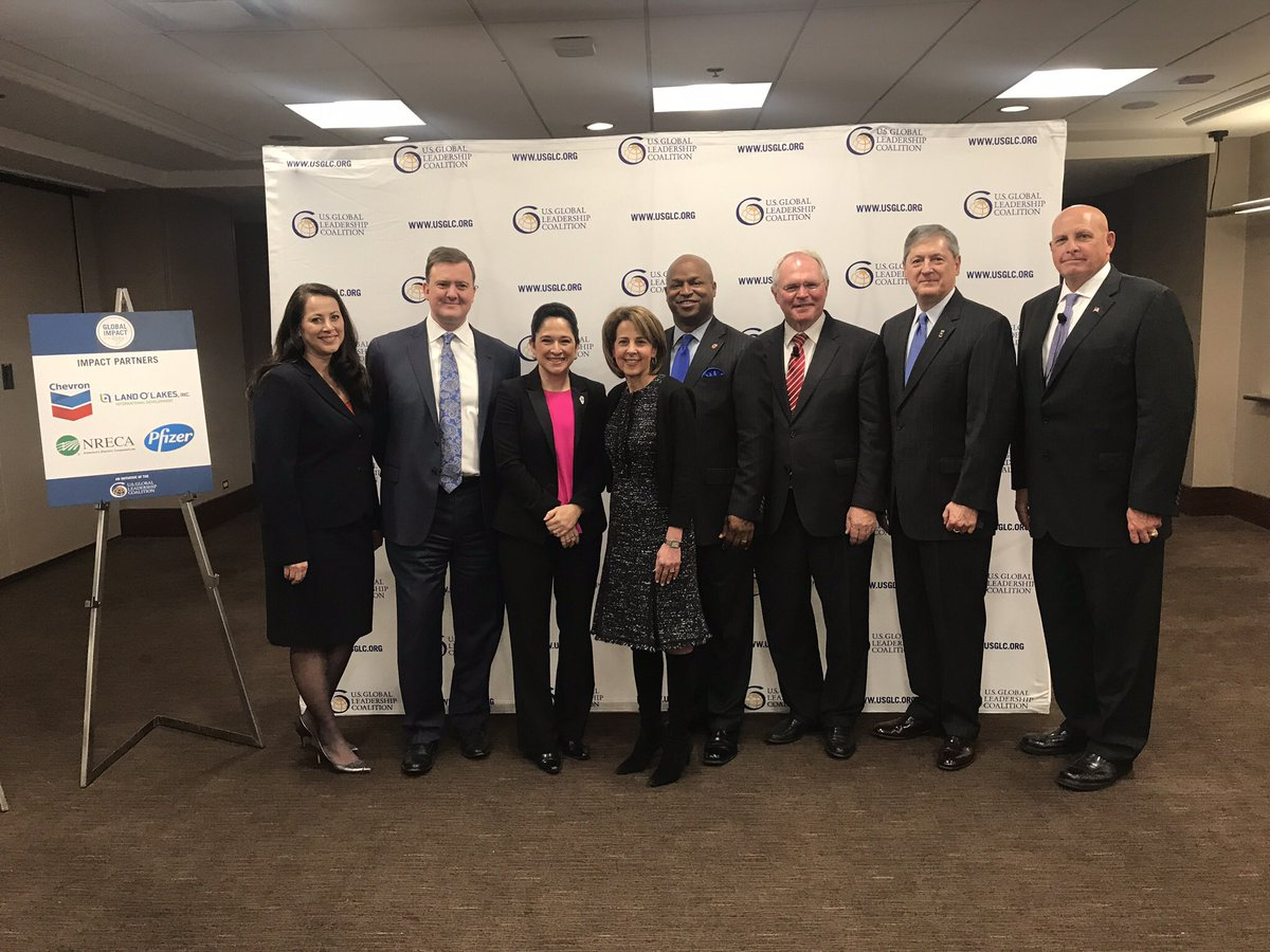 test Twitter Media - Glad to be at @USGLC's forum with @SenDuckworth, @ILComptroller, Lt. General Kenneth Hunzeker, and @ambchrishill:  Threats &!Opportunities in the 21st Century! #usglcIL and #AmericaLeads https://t.co/ToNQnREf4S