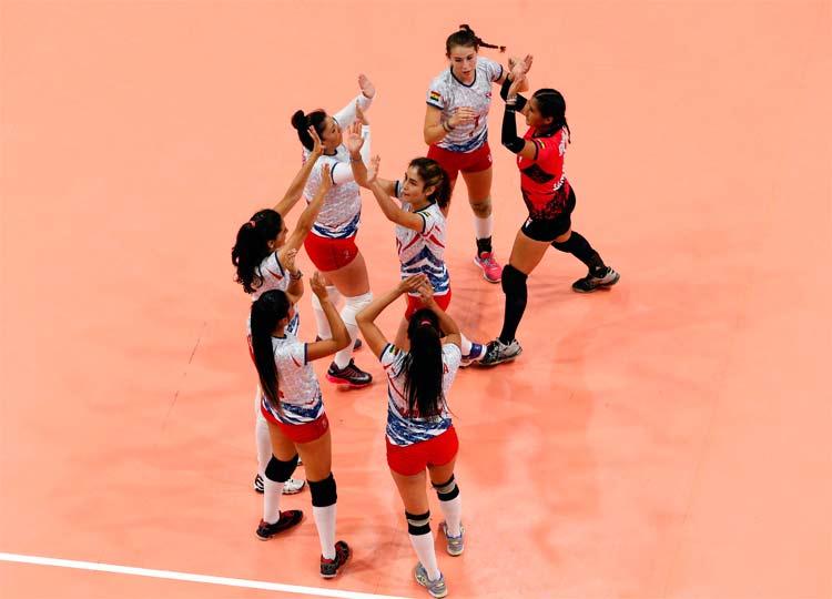 Equipe da Bolívia dá exemplo de amor ao esporte no Sul-Americano Feminino de Vôlei