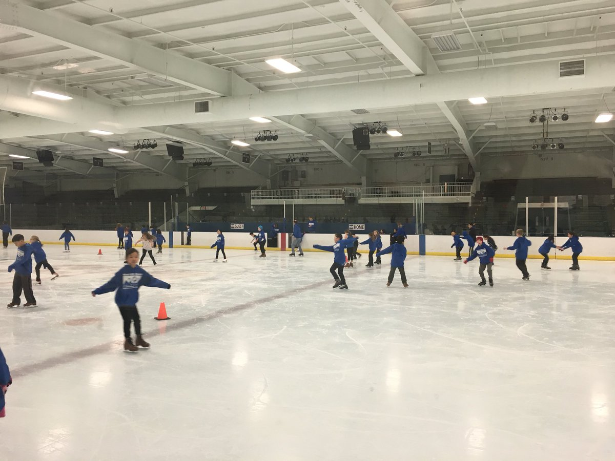 test Twitter Media - skating with the third graders celebrating their third grade show - @Wescott3G practicing her triple axel! #d30learns @jlosoff https://t.co/5J7g75WaIX