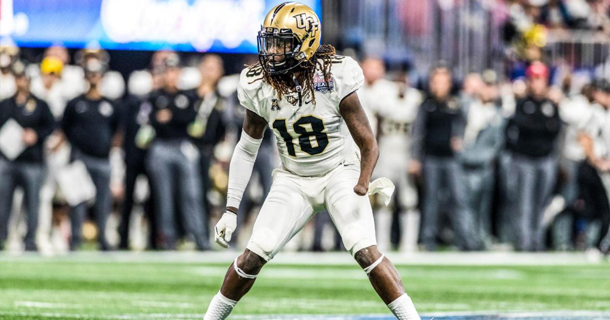 .@Shaquemgriffin turns his impossible into @WittenCMOY Award winner.  ��: https://t.co/aPx7YNI6Pn https://t.co/zj393t5Gor