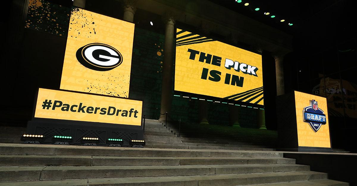#Packers awarded four compensatory picks in 2018 #NFLDraft   ��: https://t.co/tXClf5qIUh https://t.co/7EaRxYdFa6