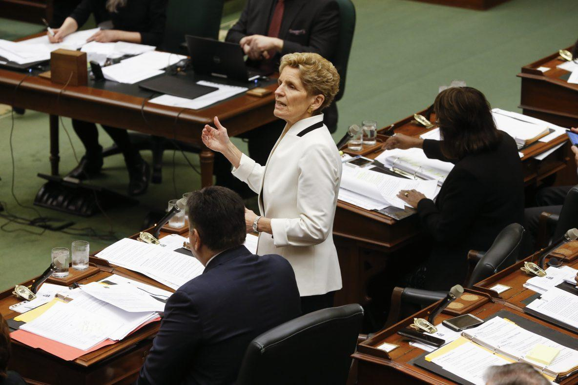 Auto, agri-food sectors need funds to survive Pacific trade deal: Wynne