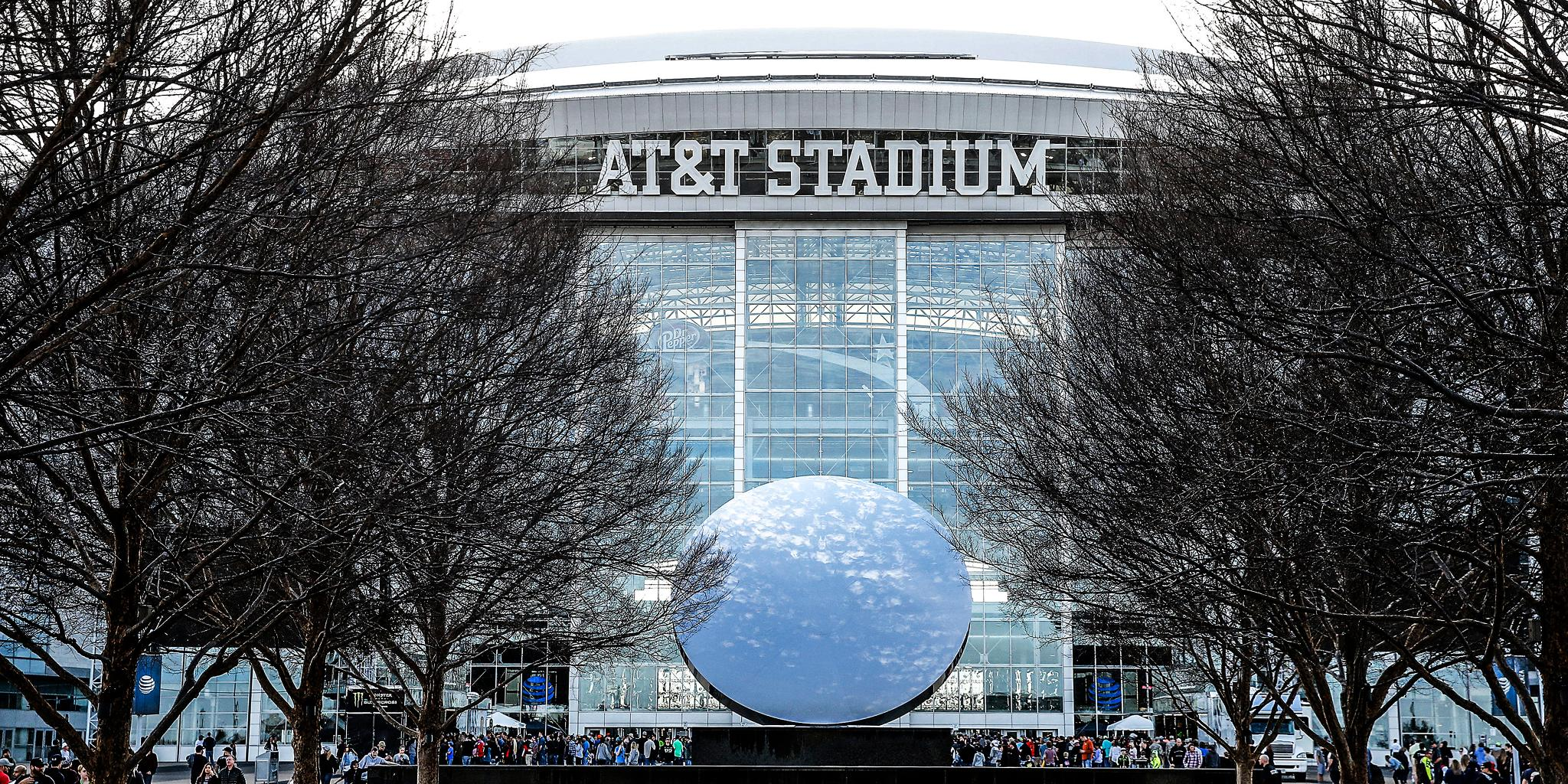 The #NFLDraft is getting a record number of registrations for @ATTStadium.  ��: https://t.co/4lvMpZEwuk https://t.co/O4oI79AePb