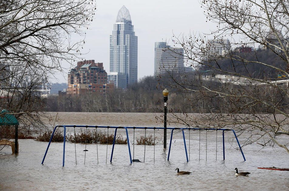 Rain expected to push Ohio River to highest level since '97