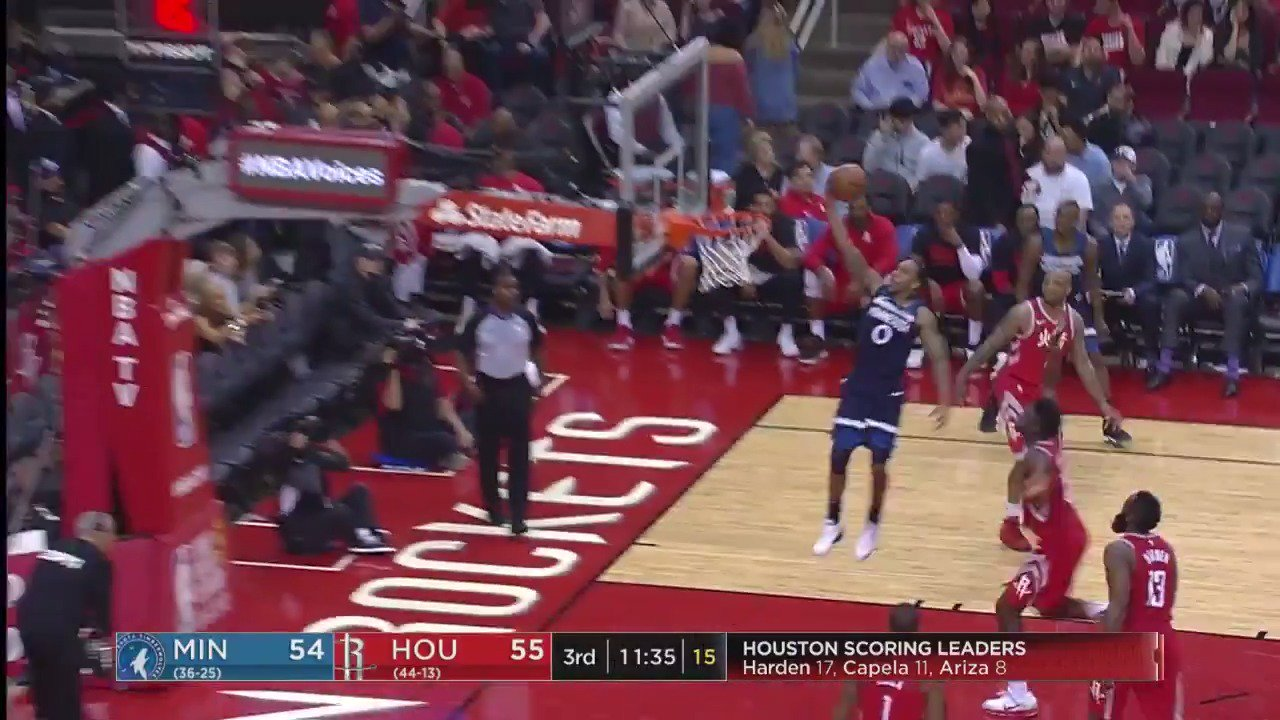 Jeff Teague soars for the soft lay-in to start 2nd half action! #AllEyesNorth   ��: @ESPNNBA https://t.co/F6aNBhJuJ0