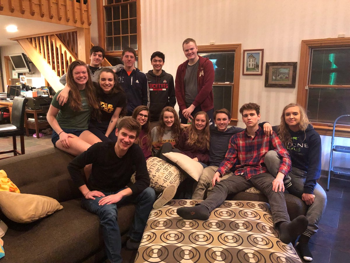 test Twitter Media - RT @DrDarcyHartman: Last night with our seniors of CAHS ski/snowboard club. It's been fun! @cahsmicpower https://t.co/IPFodMuzSk