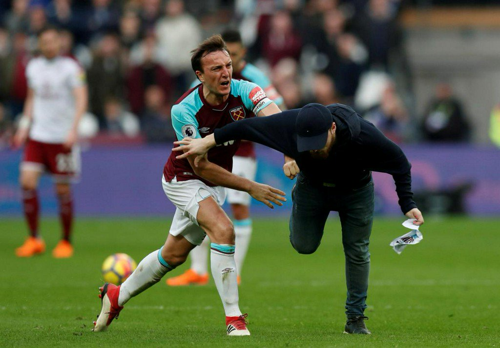 West Ham launch probe into crowd trouble at London Stadium