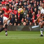 Klopp says Liverpool should have had penalty in loss to Manchester United