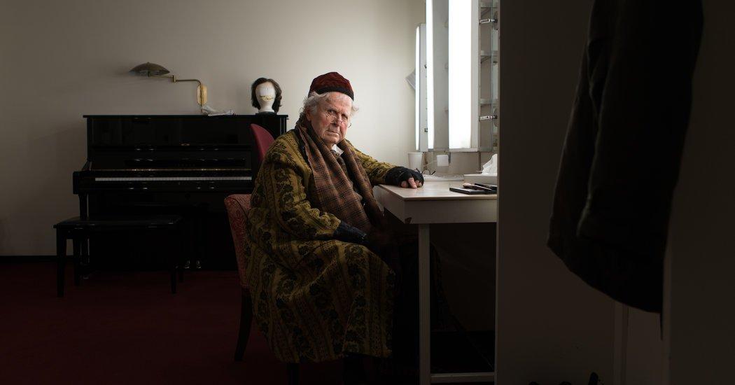 After 50 Years at the Met Opera, Paul Plishka Retires (Again)
