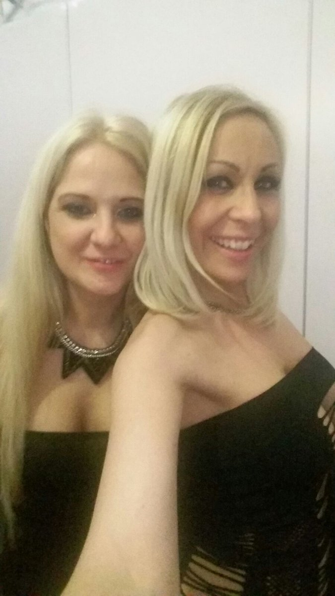 2 pic. Brussel erotic festival with Adrianna Russo LVC2ujSptc