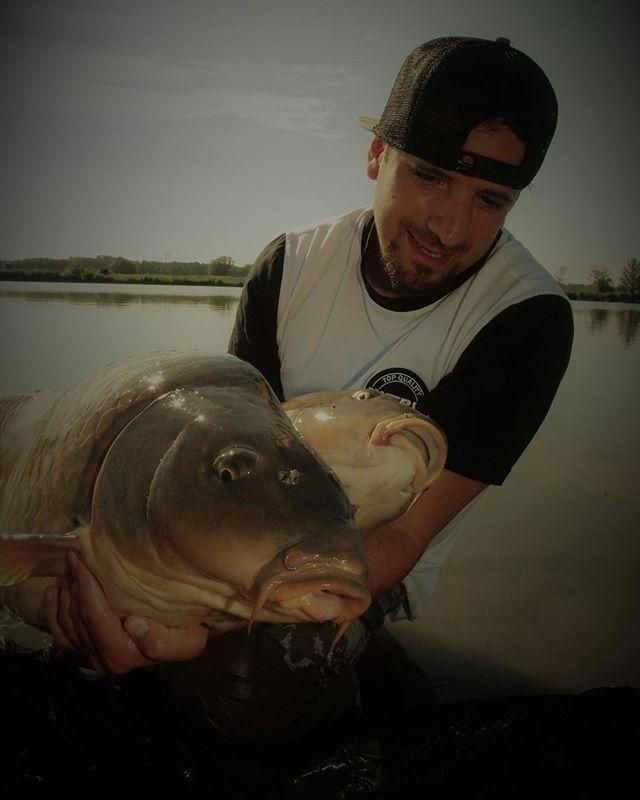 Double success @<b>Lukaskrasa</b> #lkbaits #carp #carpfishing #fishing #angling #karpfenangeln #ange