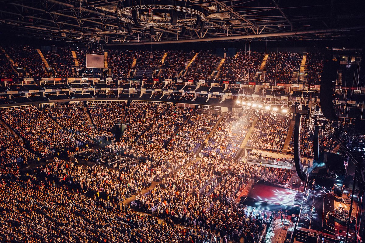 RT @C2Cfestival: LONDON are you ready for @FaithHill & @TheTimMcGraw?! #C2C2018 https://t.co/p8mkT2km9t