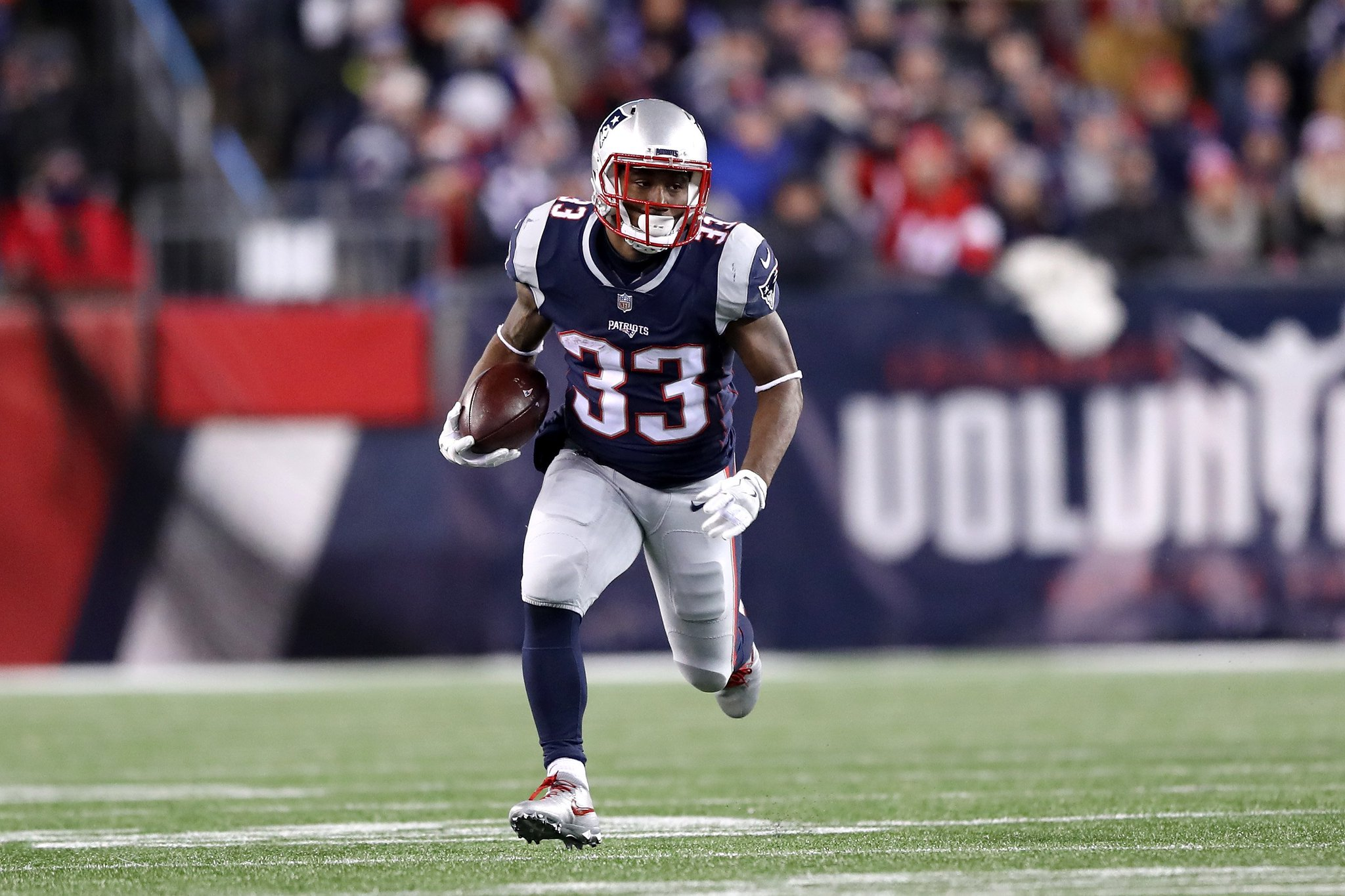 Dion Lewis tops our free-agent RB list. How does the rest of the list shake out? https://t.co/o13BZbzhSm https://t.co/DympdE07kf