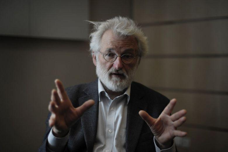 Nobel prize-winning British geneticist John Sulston dies aged 75: Institute