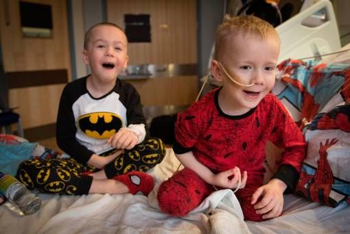 Boy (6) donates stem cells to little brother with cancer